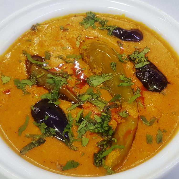 Experiment with this Baingan Mirch Ka Salan recipe to add a dose of health and flavour