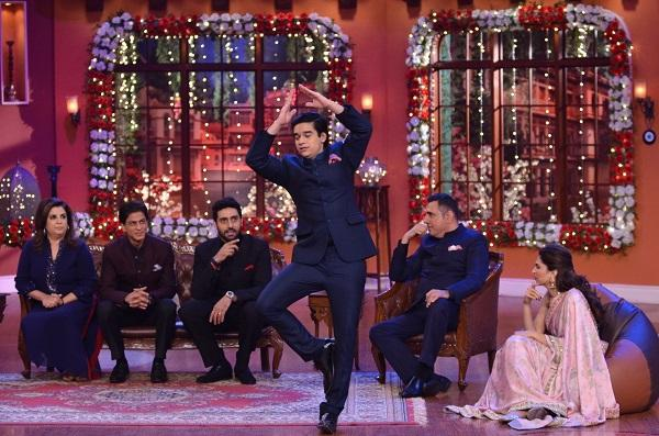 """Happy New Year"" team visits Kapil's show 