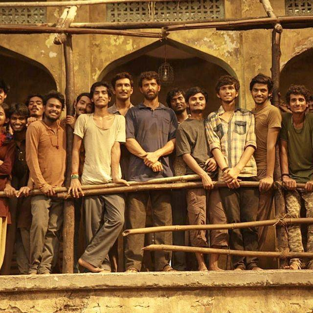 Bollywood actor Hrithik Roshan calls himself student on the sets of 'Super 30'