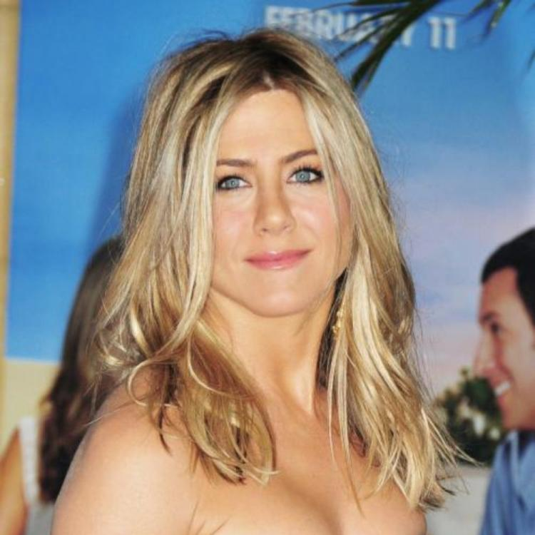 Jennifer Aniston to celebrate her 50th birthday at Portia De Rossi and Ellen DeGeneres' house? Read full story