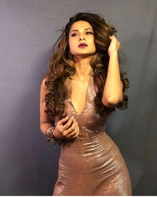 Jennifer winget hot sexy