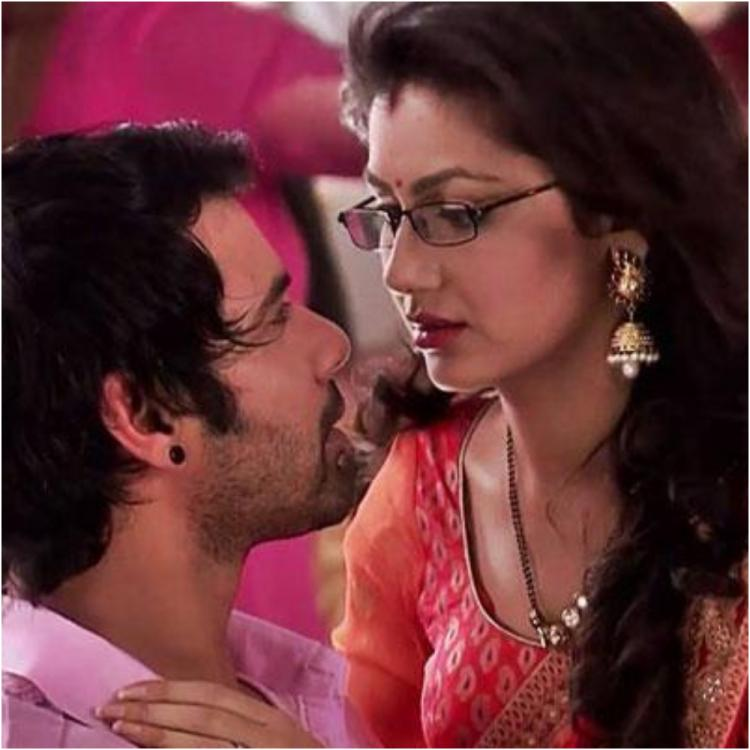Kumkum Bhagya June 10, 2019 Written Update: Abhi and Pragya reach the camp site