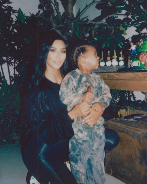 Kim Kardashian's overdramatic response to Saint West's allergic reaction is every mother ever.