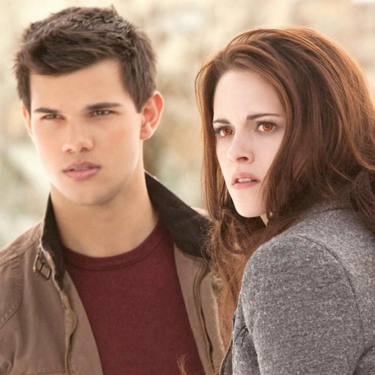 Kristen Stewart reunites with her Twilight co star Taylor Lautner at the latter's birthday party; see pics