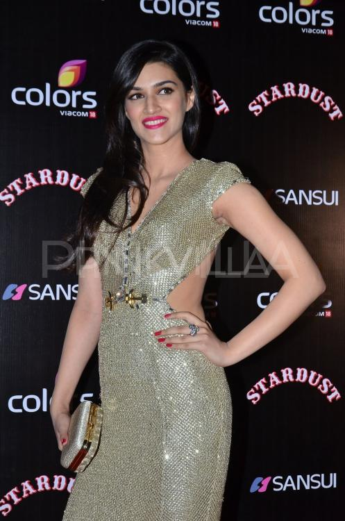 Kriti Sanon And Tiger Shroff At Stardust Awards 2014