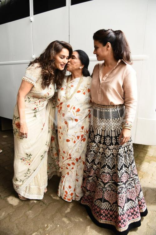 Image result for latest images of madhuri dixit with kajol and asha bhosle
