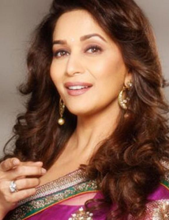 Exclusive Madhuri Dixit To Play A Courtesan In Kalank -7986