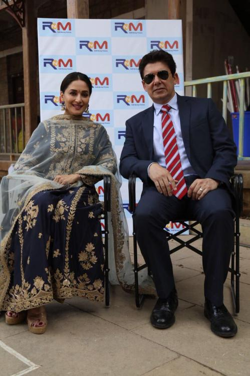 Madhuri Dixit And Her Husband ShriRam Nene Started Her Own Production House ''RnM'' 6
