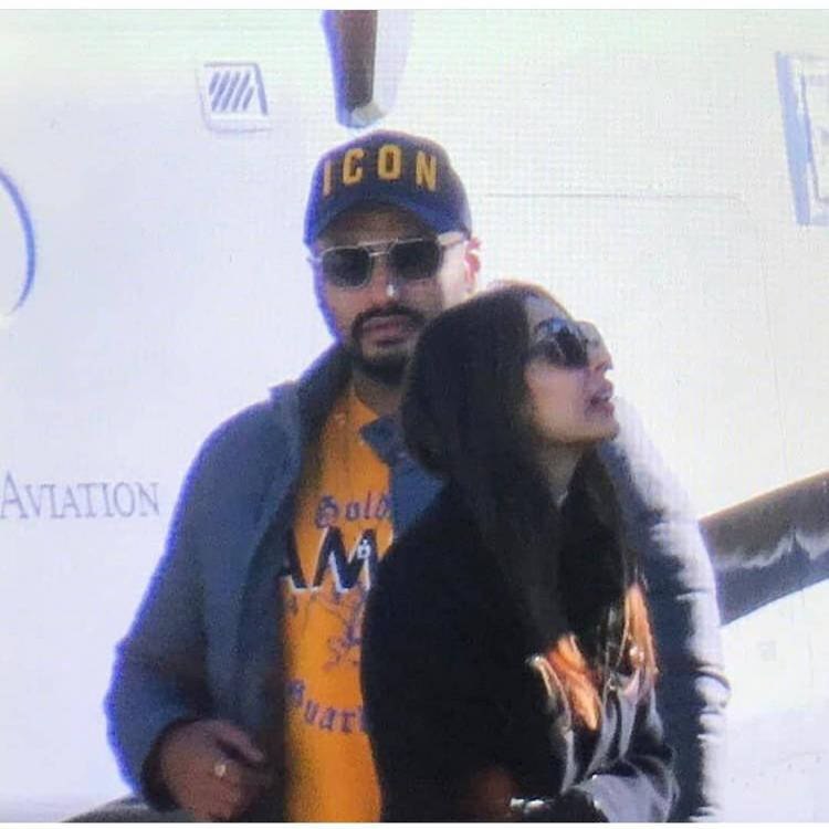 Lovebirds Arjun Kapoor & Malaika Arora jet off for a vacation; is it time for them to make it official?