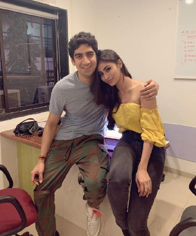 Mouni Roy shares an adorable photo with her 'boyfriend' and Brahmastra director Ayan Mukerji
