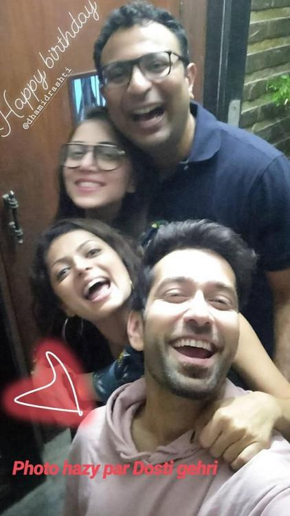 Silsila Badalte Rishton Ka actress Drashti Dhami rings in her birthday with Nakuul Mehta & pals; WATCH