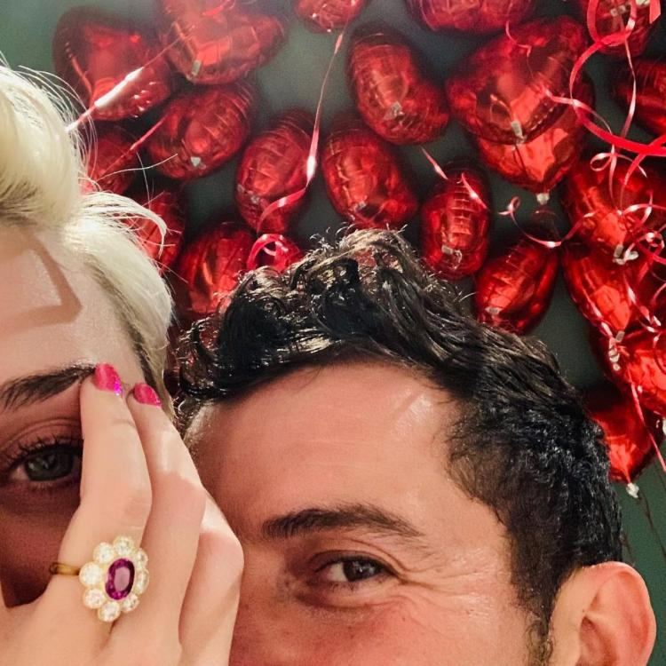 Netizens think Orlando Bloom gave Katy Perry and his ex Miranda Kerr almost similar engagement rings