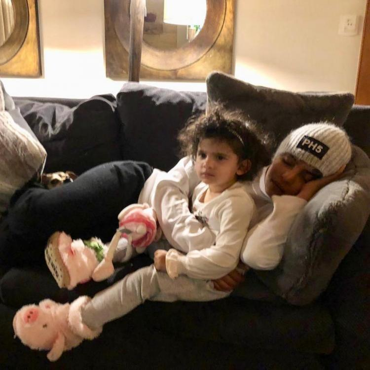 PHOTO: Priyanka Chopra opts to enjoy her beauty sleep as her niece watches Frozen during their staycation