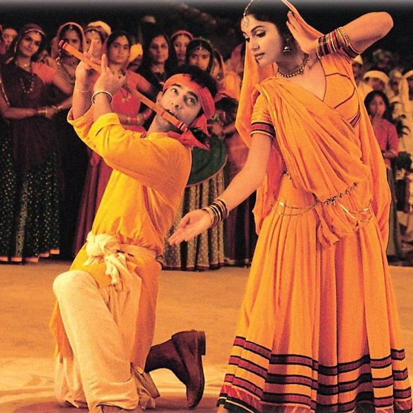 Navratri 2017 Song of the Day: Aamir Khan's natkhat andaaz ...