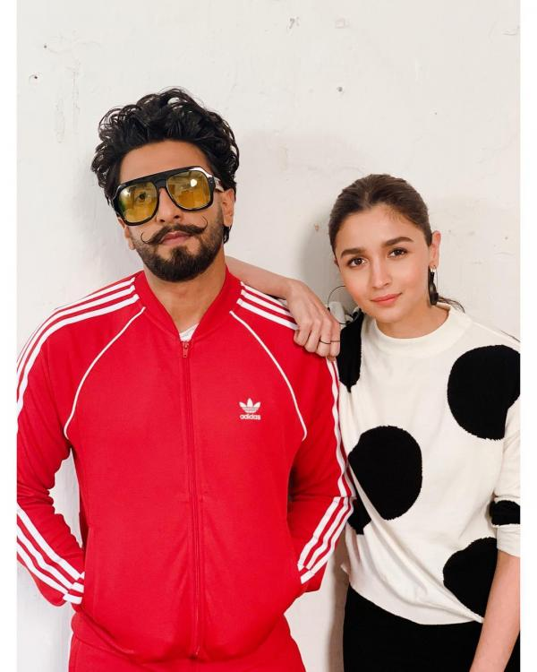 Gully Boy EXCLUSIVE VIDEO: Ranveer Singh and Alia Bhatt's knowledge of 'gully words' will SURPRISE you