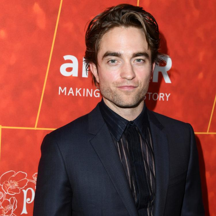 Robert Pattinson to replace Ben Affleck as the Batman in Matt Reeves directorial; DETAILS INSIDE