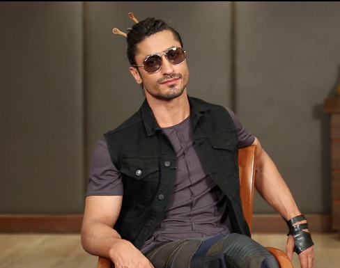 News,bollywood,Vidyut Jammwal,jhacaaash,game show