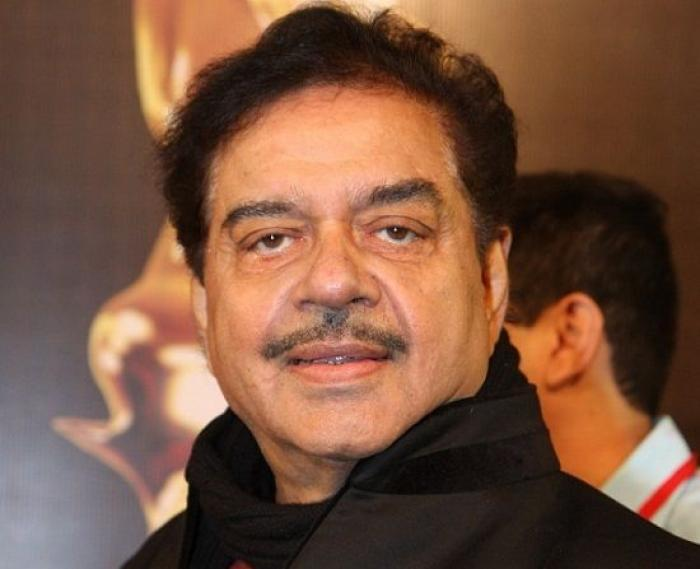 Twitterati SLAMS Shatrughan Sinha over his comment on the #MeToo Movement