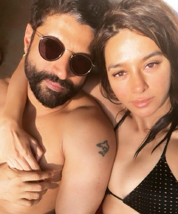 Are Farhan Akhtar and Shibani Dandekar all set to get married? Her latest Instagram post hints at a wedding