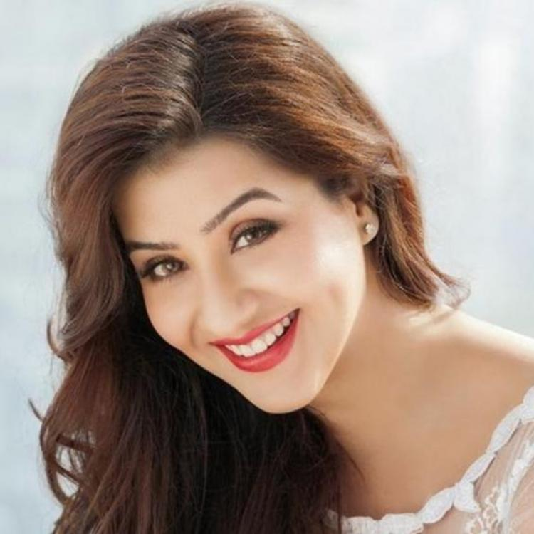Shilpa Shinde's decision to join politics gets mixed reaction from the Twitterati