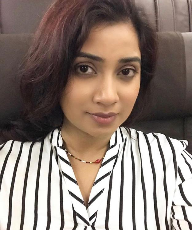 Shreya Ghoshal was not allowed to carry her musical instruments in flight: Details inside