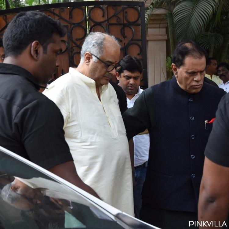 Sridevi's first death Anniversary: An emotional Boney Kapoor holds pooja along with Anil Kapoor & family