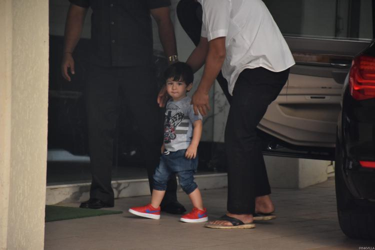 Taimur Ali Khan walks like a 'rockstar in making' in these latest photos