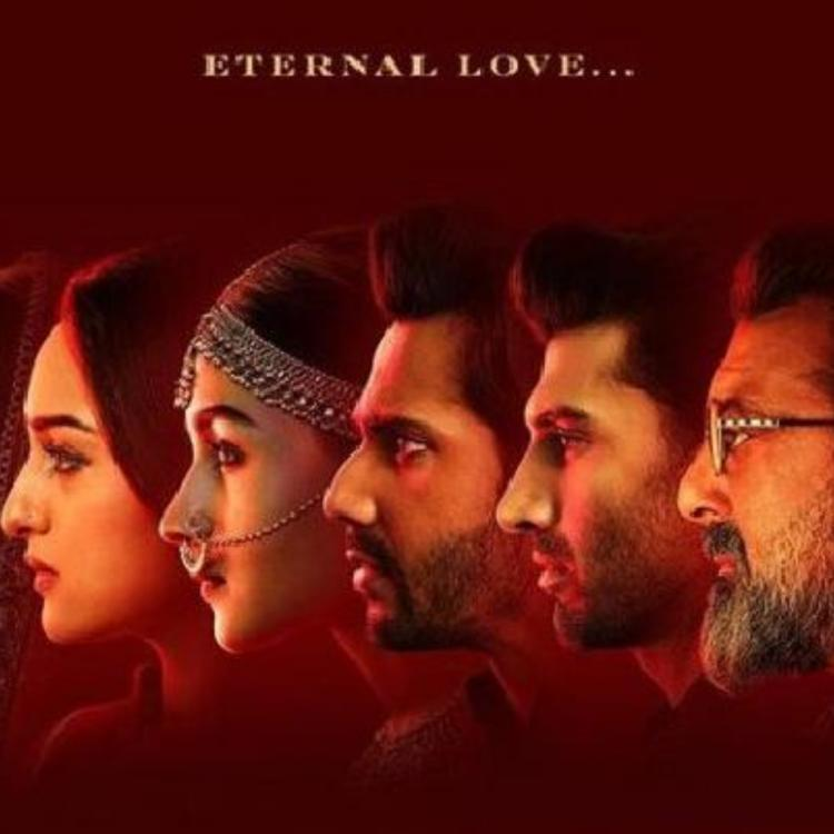 Varun and Alia's Kalank poster brings Om Jai Jagadish back from the grave; Netizens can't help but compare