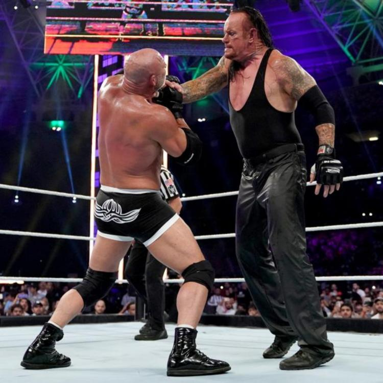 The Undertaker and Goldberg wrestled a botch-filled match at WWE Super ShowDown.