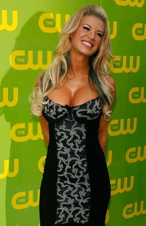 Ashley Massaro, former WWE star, died at the age of 39.