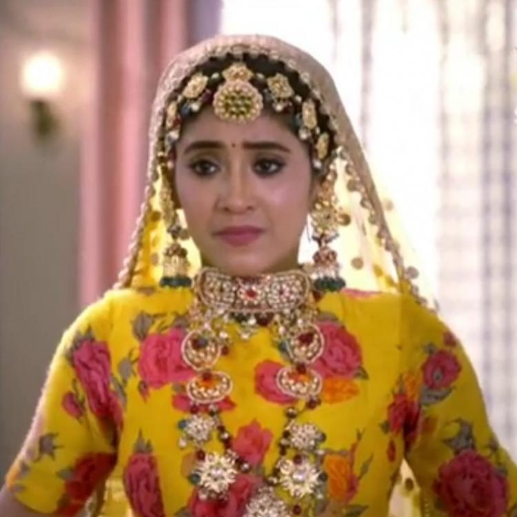 Yeh Rishta Kya Kehlata Hai April 9, 2019 Written Update: Puru Mama's dark side revealed