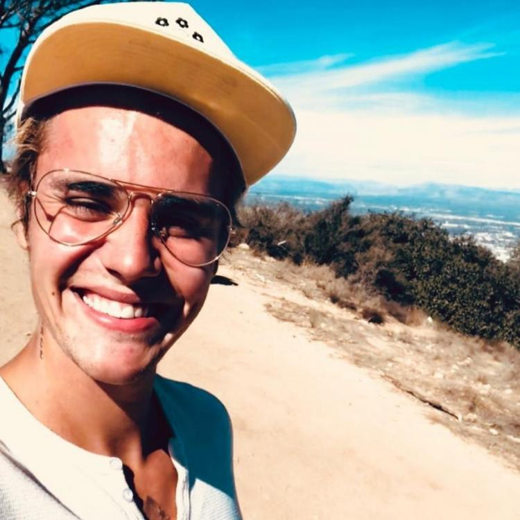 Justin Bieber spreads love and positivity through a series of messages on Twitter; Check out