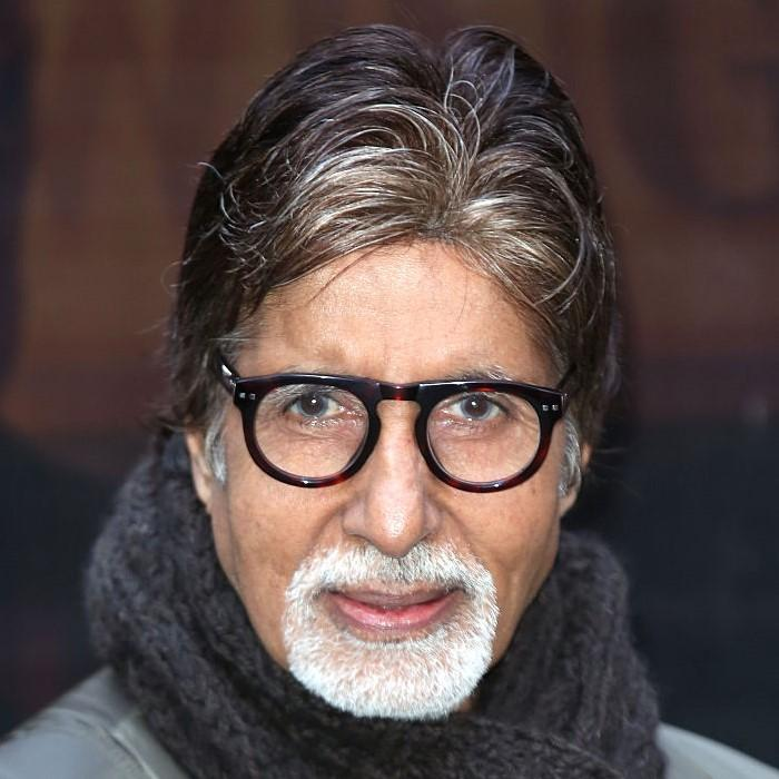 Amitabh Bachchan clears loans of over two thousand farmers from Bihar