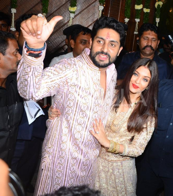 Aishwarya Rai Bachchan And Abhishek Bachchans Beautiful Love Story Revisited