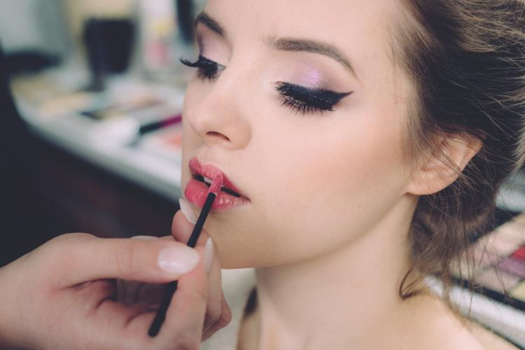 Lipstick Hacks Every Girl Should Know