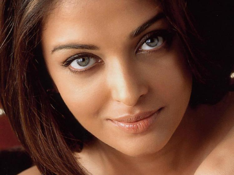 Speculations have never been so ripe as to Aishwarya Rai beauty secrets. The world gasped when Aishwarya Rai was crowned Miss World in 1994.