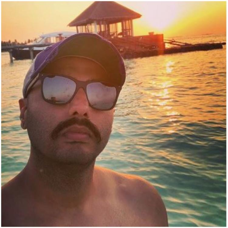 Arjun Kapoor's pictures from the Maldives has fans asking one question; where is Malaika Arora?