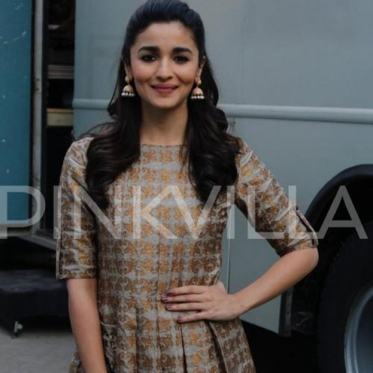 Alia Bhatt is eagerly interested to work in Shakun Batra's biopic on Osho?