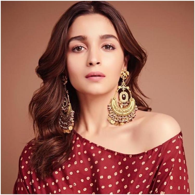 Here's how Alia Bhatt REACTED on seeing sets of Sanjay Leela Bhansali's Gangubai Kathiawadi