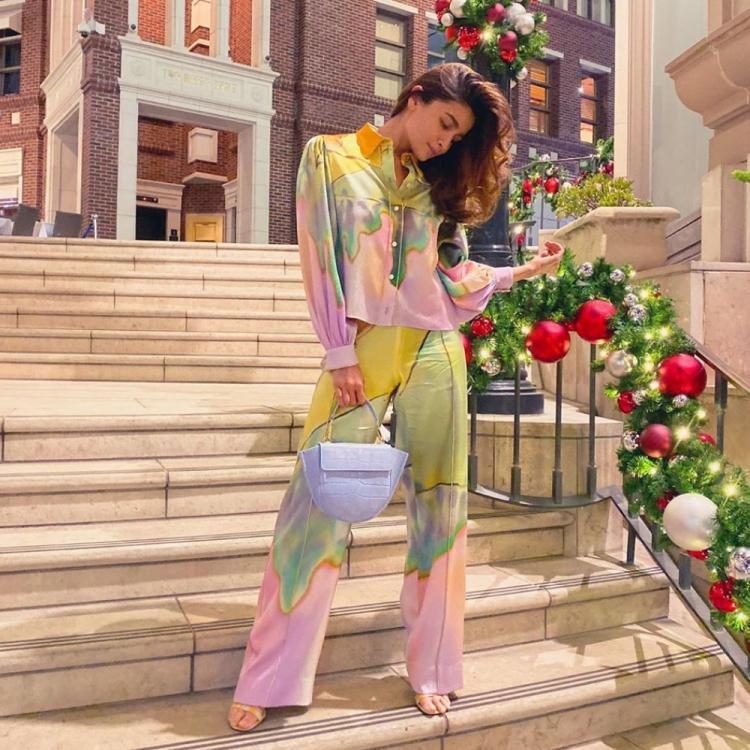 Alia Bhatt adds a pop of colours to her outfit as she dons a stylish ensemble; See Pic