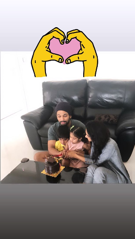 Allu Arjun & Sneha celebrate their wedding anniversary by cutting a cake with their adorable kids; see pics