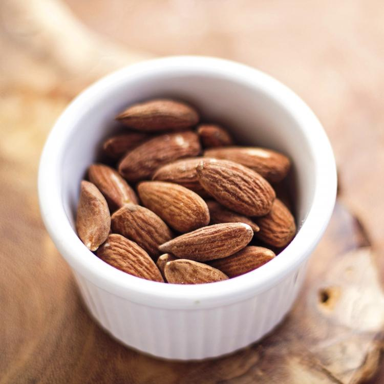 Weight Loss: 5 Reasons why you should incorporate almonds in your daily diet