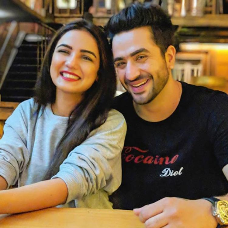 Naagin 4 actress Jasmin Bhasin gives 'best pre-birthday gift' to rumoured beau Aly Goni & it is winning hearts