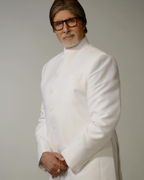 Amitabh Bachchan OPENS UP about his first acting guru