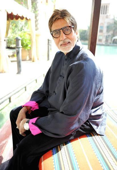 Amitabh Bachchan pens down an emotional note after his visit to the doctor