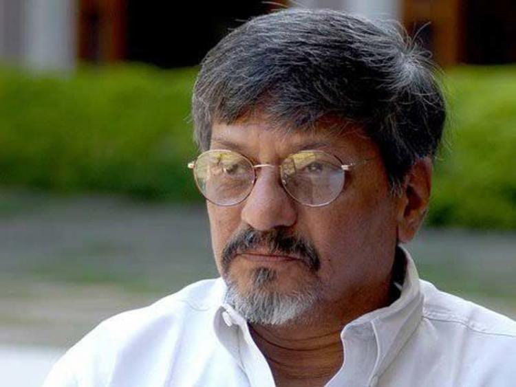 Veteran Actor Amol Palekar's speech interrupted on criticising the Ministry Of Culture; Watch Video