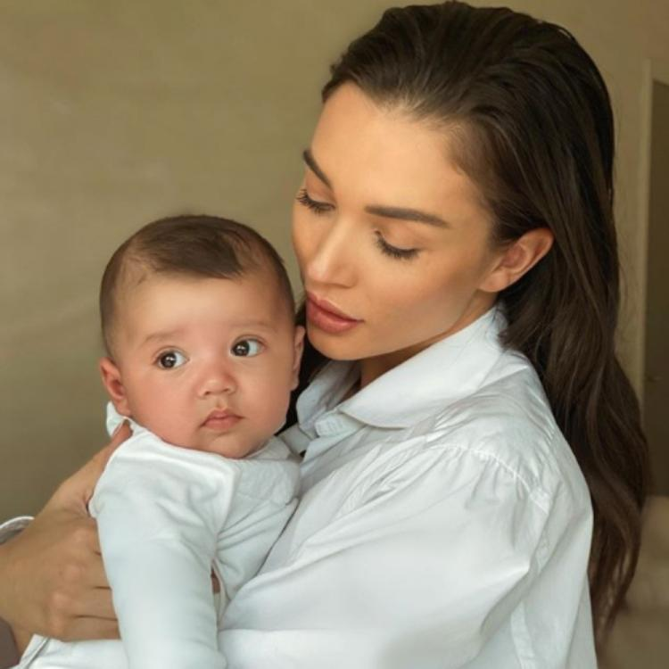 Amy Jackson shares a heartwarming note as her son Andreas turns four months old; View Post