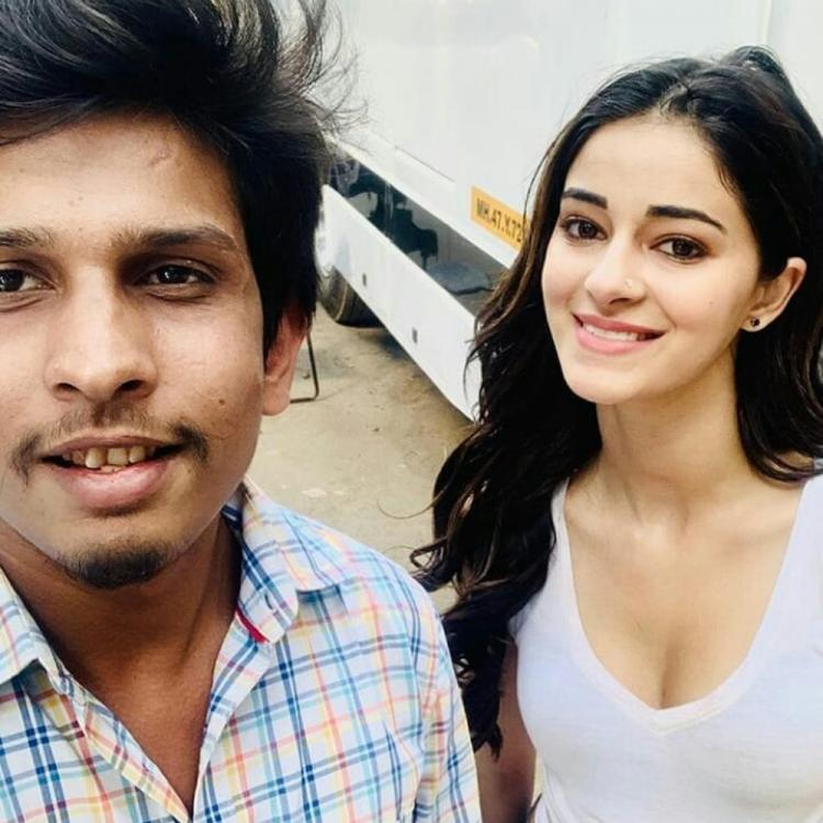 Ananya Panday poses with a fan for a selfie but her nose pin demands all the attention; Check it out