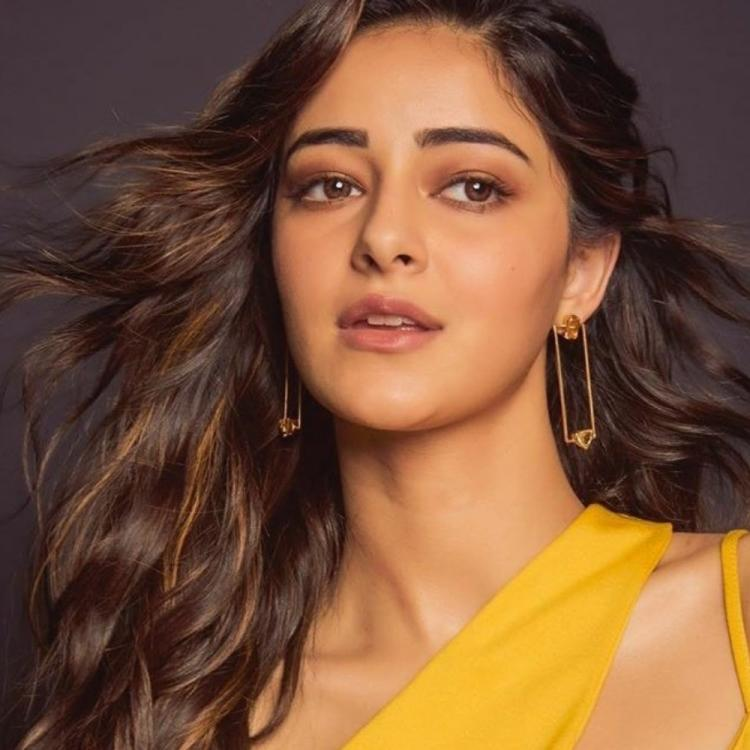 Ananya Panday gets trolled for using mango as reference in a caption; Fans suggest her to hire a person for it
