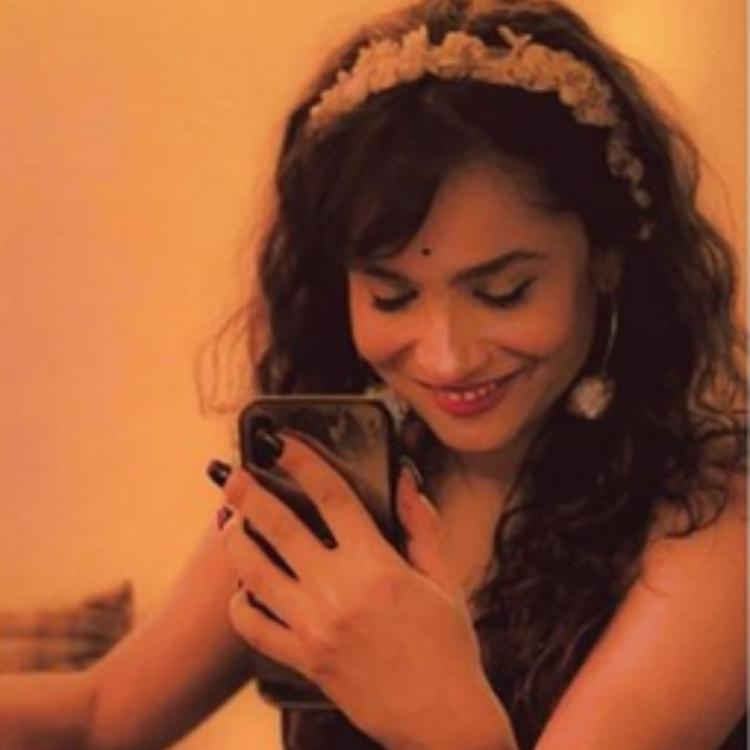 Ankita Lokhande has a special message for BF Vicky Jain in this latest PIC and we are all hearts